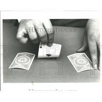 1977 Press Photo John Petrie Gambling Cards
