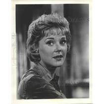 1960 Press Photo Connie Hines co-stars on television comedy with a talking horse