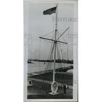 1944 Press Photo Flagstaff, life raft and chain from cutter Escanaba - nem52606