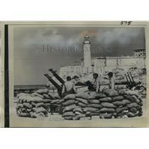 1931 Press Photo United States Soldiers invade Morro Castle Prison in Havana