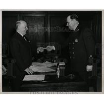 1949 Press Photo Detroit Police Commission Harry S. Toy - RRW02893