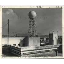 1960 Press Photo Fiberglas Radar Dome on roof of Federal Office Building