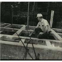 1971 Press Photo Stevens at Water Plant in Centreville, Alabama - abna24475