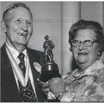1974 Press Photo Mr. and Mrs. John F. Coleman, Former Boy Scoutmaster, Alabama