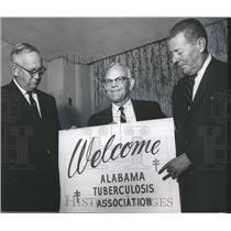 1965 Press Photo Alabama Tuberculosis Association Members - abna25467
