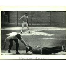 1989 Press Photo Edison High baseball pitcher Charlie Hinojosa - sas07808