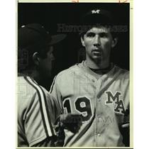 1986 Press Photo MacArthur High baseball player Mike Copple and coach Paul Lindy