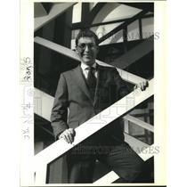 1988 Press Photo Dan Fogel, Dean of western-style business school in Hungary