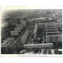 1971 Press Photo Aerial view of Balta Alba district of Bucharest, Romania