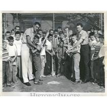 1958 Press Photo Long Dark Chicago Cubs Coach Boys - RRQ22937