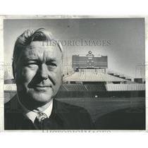1976 Press Photo Bob Kennedy, VP for Chicago Cubs - RRQ24585