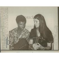 1973 Press Photo Cesar Cedeno Houston Astros Wife Cora - RRQ25599