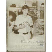 1970 Press Photo Hit Pitcher Clay Kirby San Diego Padre - RRQ27817