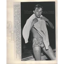 1949 Press Photo Dick Elliott Ray Daughters Coach Swim - RRQ28129