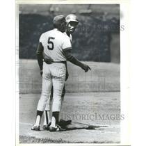 1983 Press Photo Chicago Cubs Mel Hall at Third with Ruben Amaro - RRQ29595