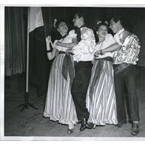 1940 Press Photo Menuian Dance