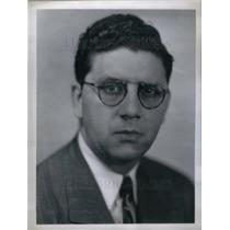 1952 Press Photo Adolph J. Schneider NBC Producer NCAA