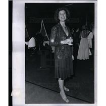 1975 Press Photo Beverly Straus - DFPD63987