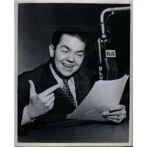 1945 Press Photo Marvin Miller