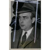1942 Press Photo AUGUST SCHOLLE