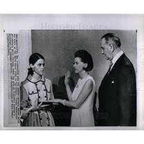 1967 Press Photo Barbara Snyder White House Furness