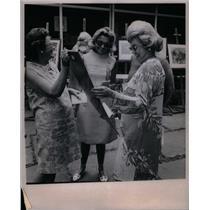 1987 Press Photo Alger Shelden Donald Winans