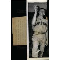 1943 Press Photo Truett Sewell - dfpd29039