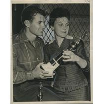 1956 Press Photo Mr. Louisiana of 1956 Marion Fritscher and His Wife and Trophy
