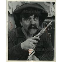 1964 Press Photo Pat Tobin, Hole in the Head Fred - mjc12519