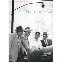 1957 Press Photo Bessember Mayor Jesse Lanier with Others at Plan Meeting