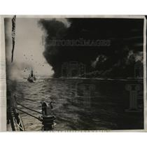 1927 Press Photo Black smoke from Pacific Coast Fleet during battle maneuvers