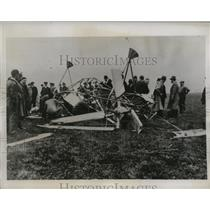 1934 Press Photo Wreckage of a helicopter on the aerodrome in Belgium
