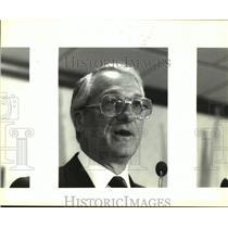 1992 Press Photo - nob25755
