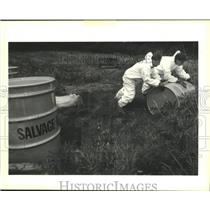 1991 Press Photo Ridel Peterson Environmental Services clear waste in Kenner