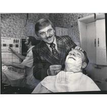 1974 Press Photo Dick Williams - RRQ46897