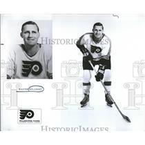 1971 Press Photo Wayne Hillman Hockey - RRQ50521