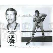 1974 Press Photo Terry Harper Los Angeles Kings Hockey - RRQ50719