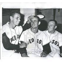 1959 Press Photo Boston Red Sox Sammy White Tom Brewer - RRQ52533