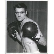 1940 Press Photo Vic Saccoia Golden Gloves Boxer - RRQ60271