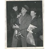 1947 Press Photo Len Merullo Jean Son Len - RRQ40845