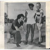 1948 Press Photo Lillian Young Stella Walsh Olympic - RRQ54691