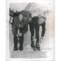 1952 Press Photo Sky Speed Artists Jack reddish Salt - RRQ09857