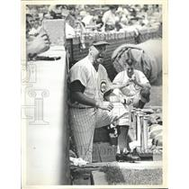 1963 Press Photo Cubs head coach Bob Kennedy - RRQ57517