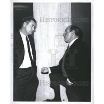 1966 Press Photo Joe Adcock And Lee Durocher - RRQ63471