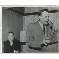 1968 Press Photo Ralph Houk Accepting New Job - RRQ34675