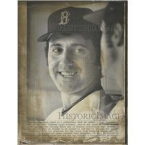 1973 Press Photo Rico Petrocelli Boston Red Sox Third Base Talking In Dugout