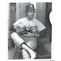 1974 Press Photo Donald Howard Sutton Baseball Pitcher - RRQ40661