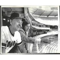1974 Press Photo Dick Williams California Angels Harry Dalton Charlie Finley