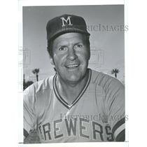 1975 Press Photo Del Crandall Manager Milwaukee Brewers - RRQ40561