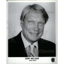 Press Photo Donald Arvid Nelson Milwaukee Bucks Coach - RRQ43635